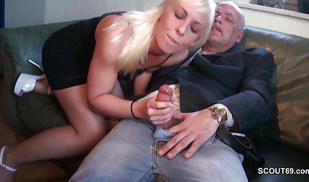 अज़ीता एक बड़ा मुर्गा अपने मुँह में सेक्सी मूवी फुल हिंदी लेती है