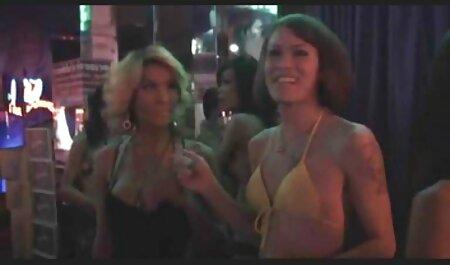 किशोर शीला जेनिंग्स और दानी डेनियल सोफे मूवी सेक्सी बीएफ पर चाटते हैं