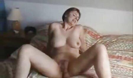 प्यारा गोरा प्रकृति में एक आदमी के साथ सेक्स करना चाहता है और उसे झील पर बहकाता सेक्सी पिक्चर हिंदी फुल मूवी है