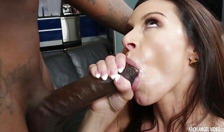 दो नकाबपोश सेक्स पिक्चर फुल मूवी लड़कियों को एक बड़ा डिक चूसना और pussies बकवास