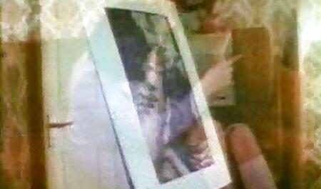 बड़े स्तनों और रसदार निपल्स के साथ बीबीडब्ल्यू उसके प्रेमी के मुर्गा बंद ब्लू फिल्म फुल सेक्सी वीडियो झटके