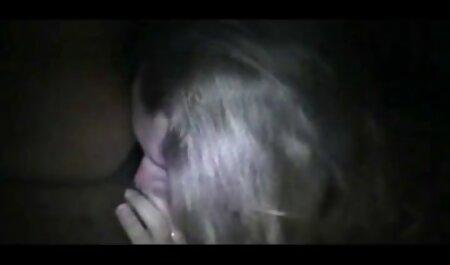 दोस्त ने ब्लू फिल्म फुल सेक्सी वीडियो शुक्राणु के साथ गोरा किआरा से भरी हुई चूत