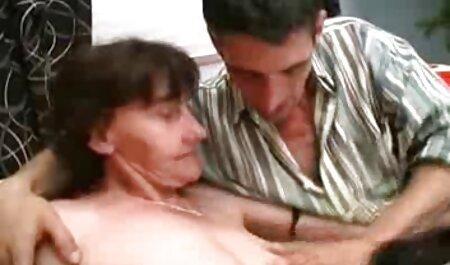 एक युवा लड़के ने समलैंगिक प्रेम का रास्ता अपनाया हिंदी वीडियो सेक्सी मूवी फिल्म