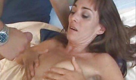 टैक्सी ड्राइवर को सेक्सी अजनबियों को चोदना सेक्सी वीडियो मूवी हिंदी में पसंद है