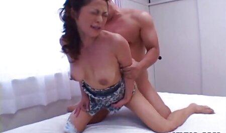 सुंदर आदमी एक सेक्सी लैटिना के गुदा सेक्सी मूवी फुल सेक्सी मूवी को चाटता है और उसे चोदता है।