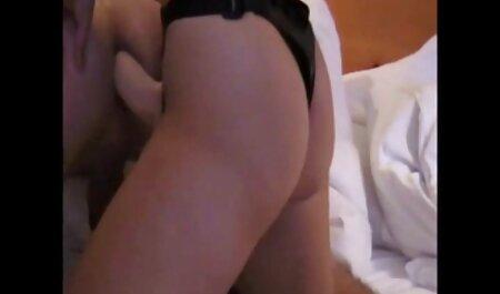 शादीशुदा जोड़े सेक्सी मूवी हिंदी वीडियो सेक्स करते हुए