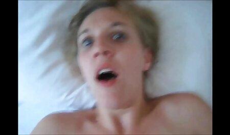 शेव की हुई चूत चुदाई और लंड राजस्थानी सेक्सी मूवी वीडियो चूसती है