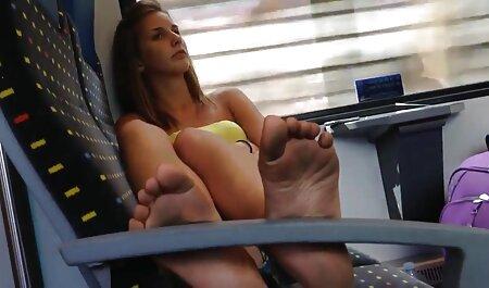 क्यूट लड़की आपको सेक्सी बफ मूवी हिंदी अपनी चूत दिखाना चाहती है