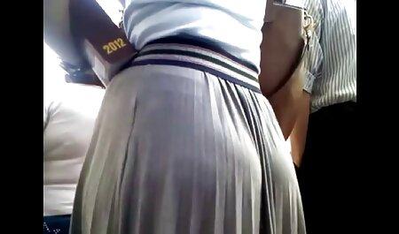 टैटू मालिश करनेवाली ग्राहक पर सहती है हिन्दी सेक्सी मूवी