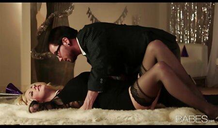 भावुक, अतुल्य श्यामला सोफी लिंक्स एक पंजाबी सेक्सी फिल्म मूवी क्रूर पुरुष के साथ fucks