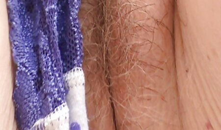 Slutty Blondie ने उसकी गांड में तेल डाला सेक्सी हिंदी पिक्चर मूवी और गुदा मैथुन के लिए तैयार हो गई