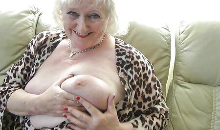 यार गोरी के बड़े सेक्सी फिल्म वीडियो फुल स्तन पर शुक्राणु गिराता है
