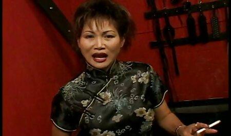 जापानी महिला एक दोस्त पर समाप्त हो गई जिसने उसे उंगलियों और वाइब्रेटर से गड़बड़ हिंदी इंग्लिश सेक्सी मूवी कर दिया