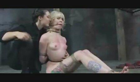 एक सेक्सी श्यामला की पंजाबी ब्लू सेक्सी मूवी रोमांचक फोटोग्राफी
