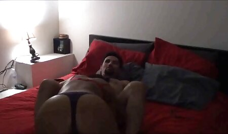 गोरा ने रात के खाने के बाद लड़के सेक्सी फिल्म वीडियो फुल को अपने कमरे में ले गया