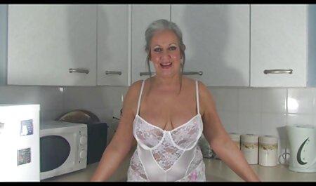 नीले बालों सेक्सी हिंदी वीडियो मूवी वाली रूसी लड़की मुर्गा लेती है