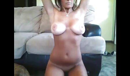 काले मोज़ा में हिंदी फुल सेक्सी मूवी लड़की बहुत कामुक रूप से हस्तमैथुन करती है